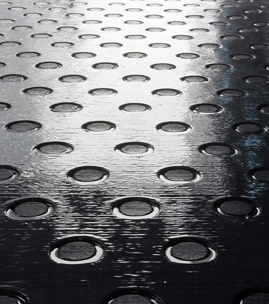 濡れる地面