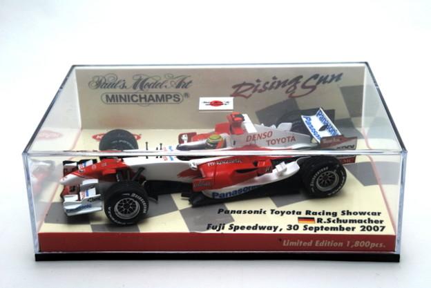 Minichamps _Panasonic Toyota Racing Showcar Fuji Speedway, 30 September 2007 Ralf SCHUMACHER_001