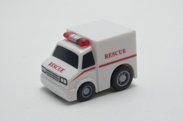 FIRE_FIRE ORIGINAL ミニミニチョロQコレクション 5.大型救急車_001