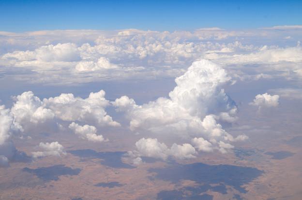 カタール航空129便の窓から ドーハ~ベネチア間 アラビア半島上空