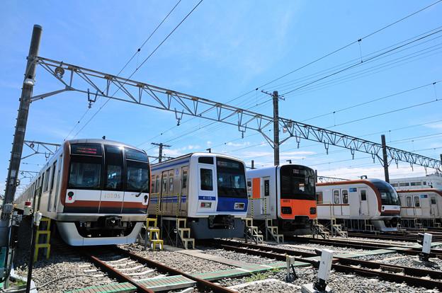 東京メトロ有楽町線を走る電車たち