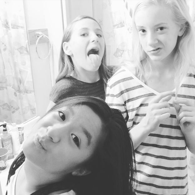 Girls in the bathroom ... One last girl's night :-(