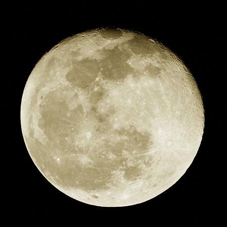 2011年11月12日 ロイカト-ンの満月(月齢16.4) P1030839_R