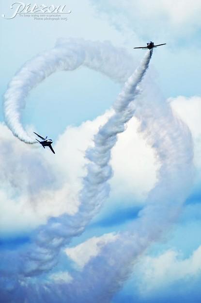 Blue Impulse T-4 Cork Screw 曲芸飛行