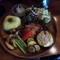 Photos: 郡山市のブルータルキッチンおぐろさんでベーコンと季節野菜のステーキ うまうま