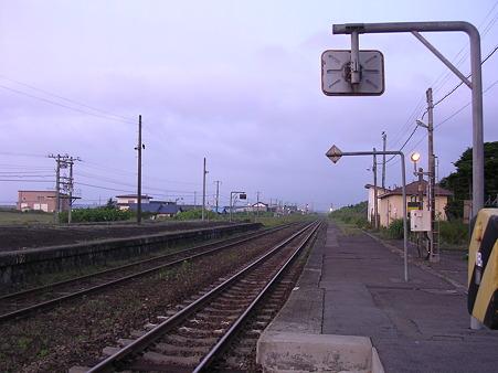 山崎駅ホーム1