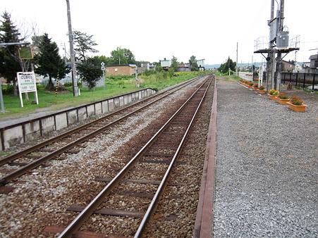 西神楽駅ホーム2