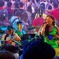 Photos: 名古屋ブラジルフェスタ 2015(1日目)No - 77:ラモス瑠偉さん率いる「ラモスバンド」の演奏(ラモスさんの娘で、歌手のFABiANAさん)