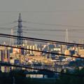 写真: 空気が澄んでるからか桃花台(小牧市)からも見えた、「名港中央大橋」と「中部電力千代田ビル」の電波塔 - 3