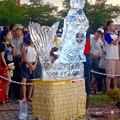 写真: 春日井市民納涼まつり 2015 No - 24:氷の彫刻(人魚)
