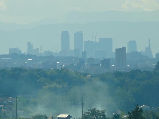 写真: リニモから見えた名駅ビル群 - 7
