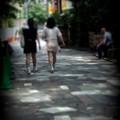 闊歩.......
