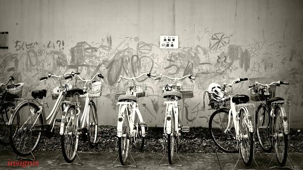 自転車置場.......
