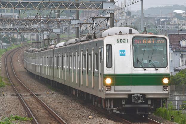 東京メトロ6000系 6121F [小田急電鉄 栗平駅]