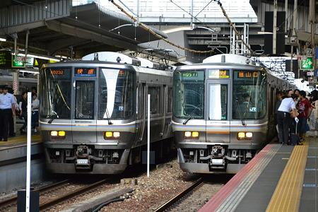 223系2000番台&223系6000番台@大阪駅[8/11]