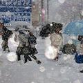 写真: early snow 登校 2 ☆