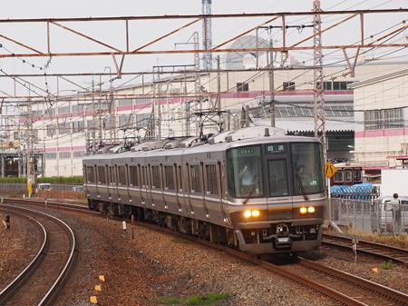 223系回送 東海道本線岸部駅
