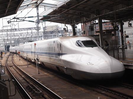 N700系のぞみ 山陽新幹線新大阪駅02