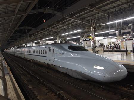 N700系さくら 山陽新幹線新大阪駅02