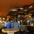 写真: 予約のとれないスペイン料理店