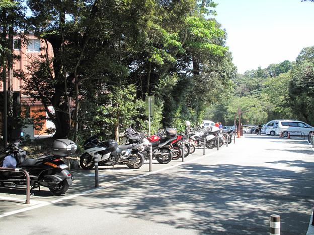 写真: IMG_9615 バイクは楽チン駐車場