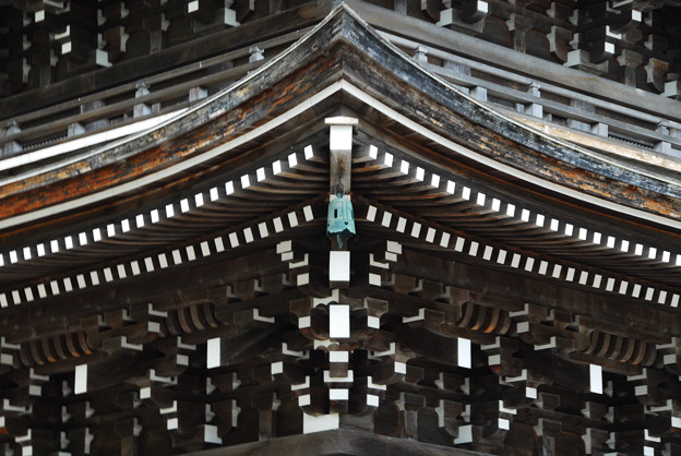 定義山の五重塔(ちょいアップ)