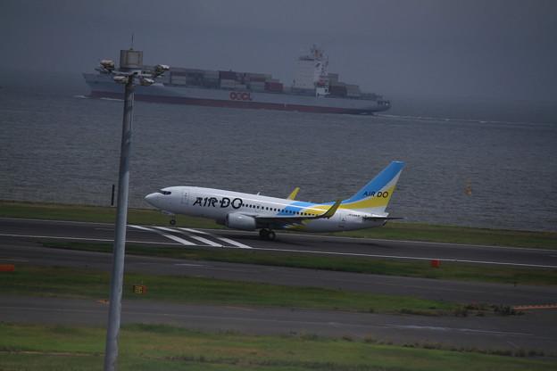 AIR DO Boeing 737-781(JA08AN)