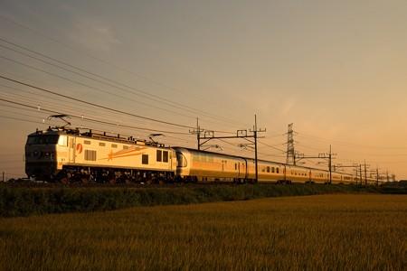 EF510-509+E26系カシオペア@ワシクリ黒小屋踏切