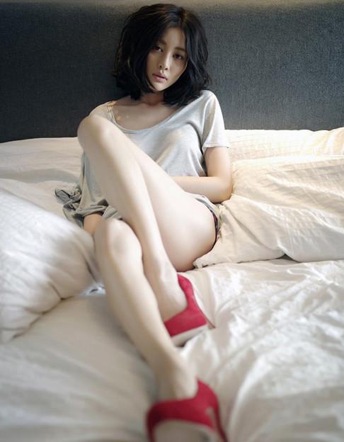 足フェチの好物 長く綺麗な足の小姐ッ 今日の一押し小姐 7-4 (1)
