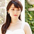 写真: 新居由佳梨 あらいゆかり ピアノ奏者 ピアニスト  Yukari Arai