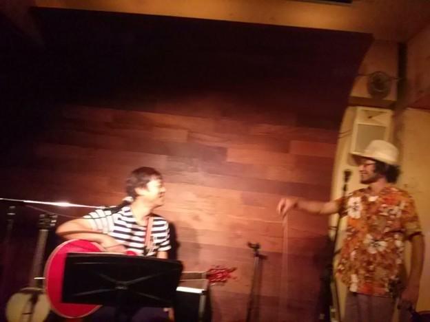 Photos: タマちゃんの「花火の見える街」 ハッチのバイオリン♪ とびっきり...