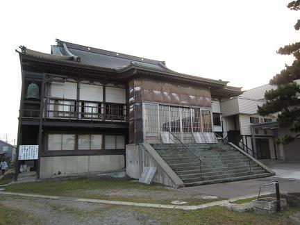 明誓寺の本堂