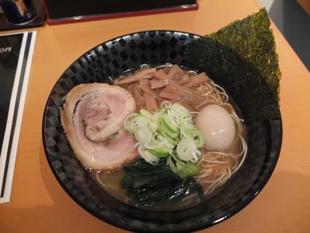 麺ぐるい 高田本町店 とりとん魚介(細麺、白ネギ、ばりかた、こってり)¥750