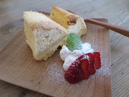 Go's Cafe シフォンケーキ¥324(単品価格)