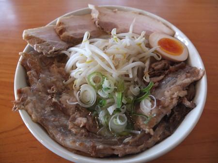 麺爆怒門 凄肉ラーメン 肉増し¥900