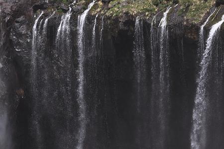 華厳の滝02