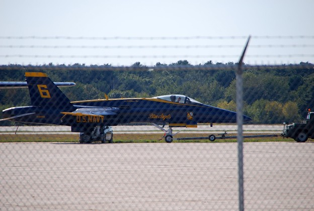 Photos: Blue Angels No6 going to the Hangar 9-5-15