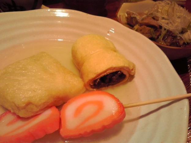 Photos: 金沢おでん 赤巻としのだ巻きと肉いなり