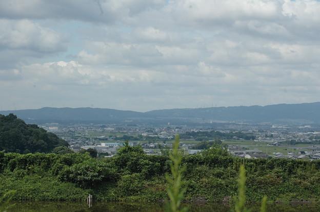 池と奈良盆地と山