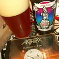 米国産『ローグ/デッドガイ・エール』 今宵、 ANTHRAXは「Persistence of Time...