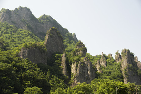 妙義山奇岩 中之嶽石門