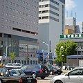 写真: F-2 三川町交差点サイクルポート(遠景)