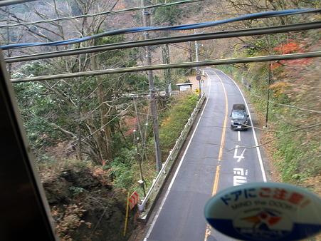 箱根登山電車の車窓(塔ノ沢駅→大平台駅)4