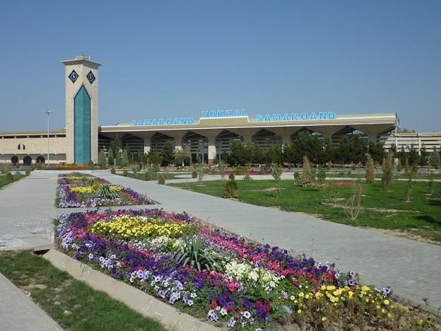 花のサマルカンド  ♪If you're goin' to Samarkand Be sure to wear some flowers in your hair~♪