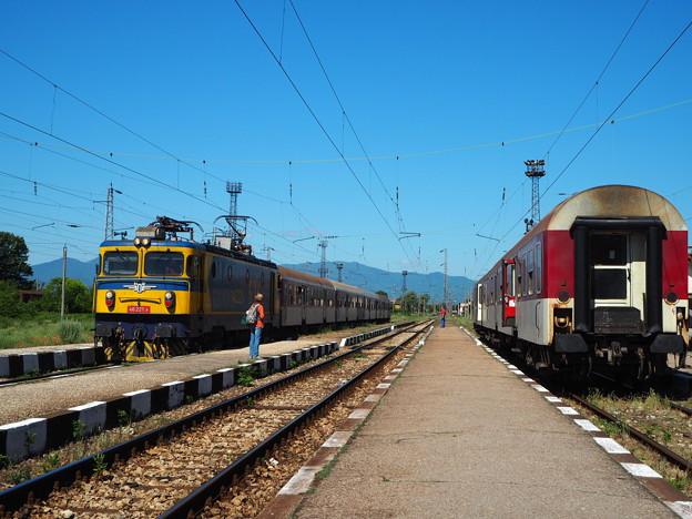 バラの谷の駅 Karlovo Station,Bulgaria