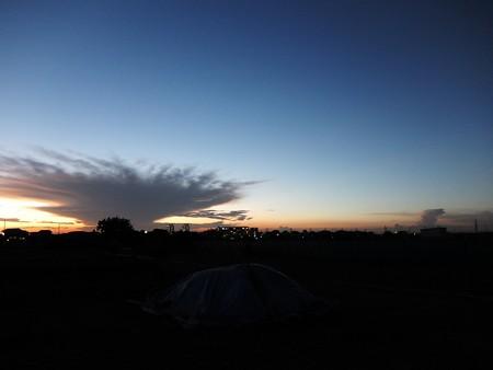 去る雲と立ち上がる雲と20150721-12