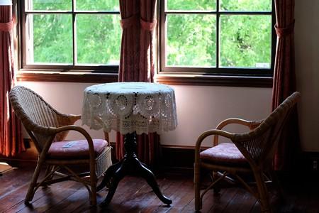 2015.09.11 山手 外交官の家 窓際のテーブル