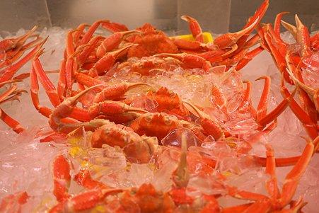 2011.07.25 越後 寺泊魚の市場通り ベニズワイガニ