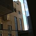 Photos: ガラス越しに見た風景