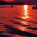 如月初日の夕刻の海